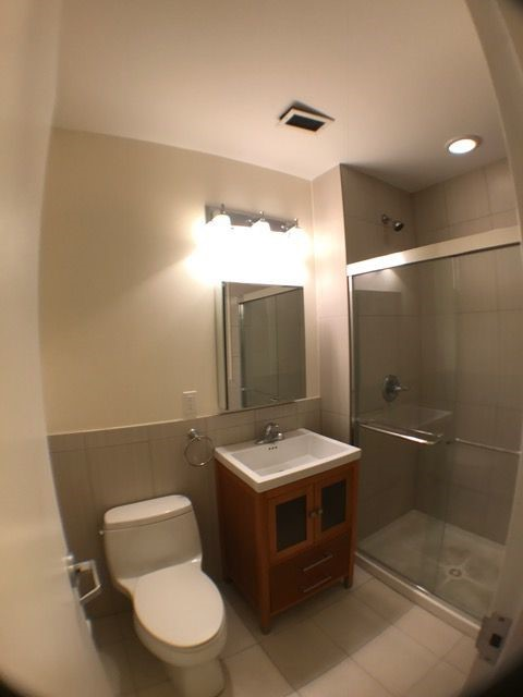 254 E 33rd street 3 bathroom full